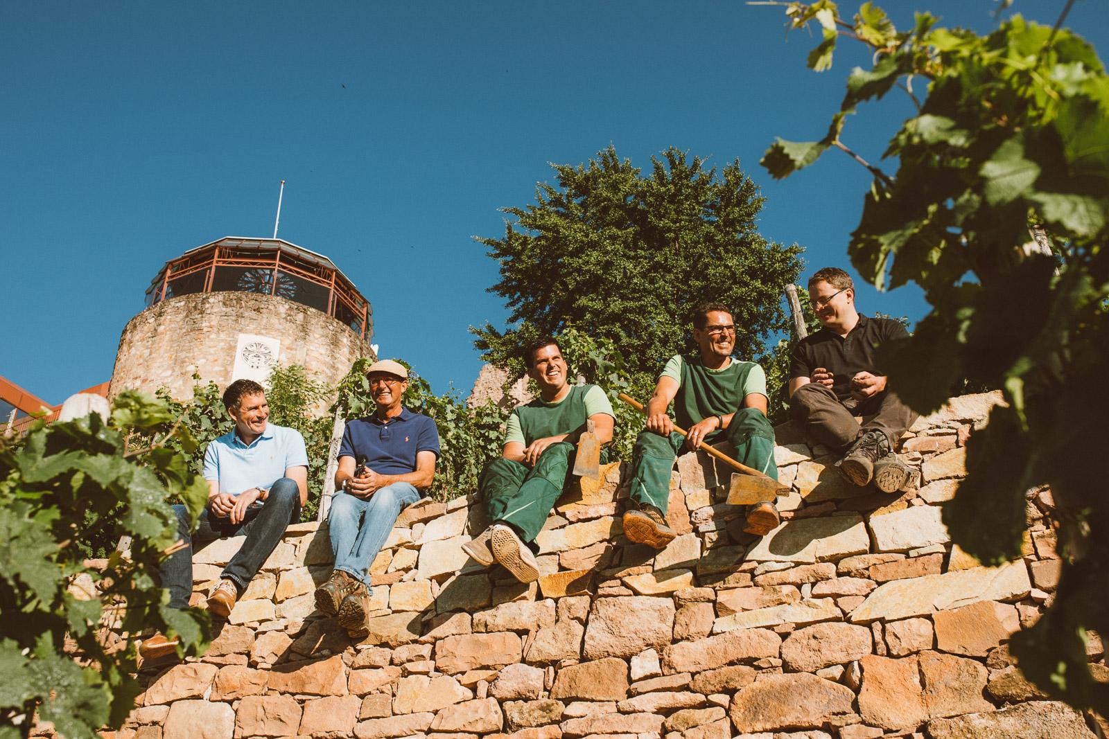Weingut-In-den-Zehn-Morgen-Team-Trockenmauer